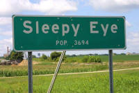 1-5559_sleepy_eye_sign_small1